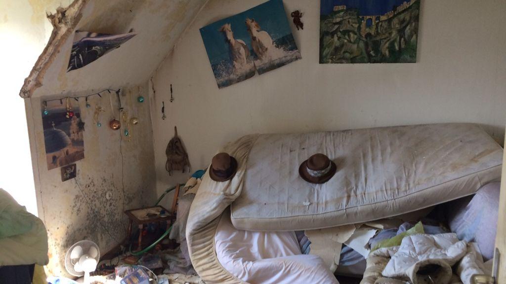 """Ich habe nichts mehr"""": Dachstuhlbrand: Möbel nicht mehr ..."""