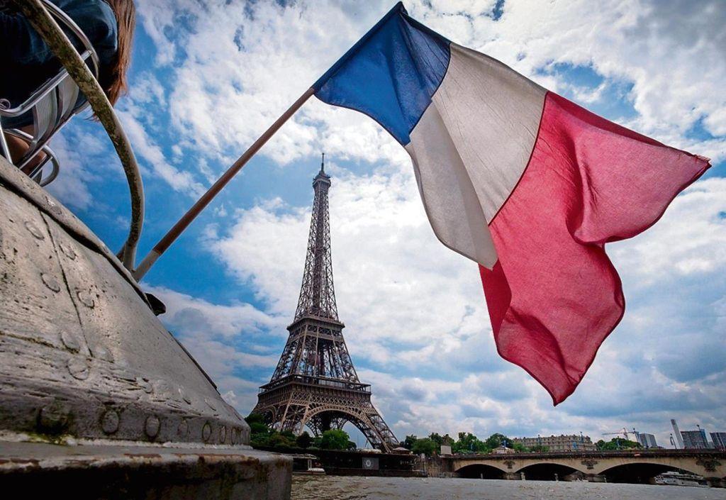 Millionen Menschen betroffen - Frankreich weitet Ausgangssperre aus