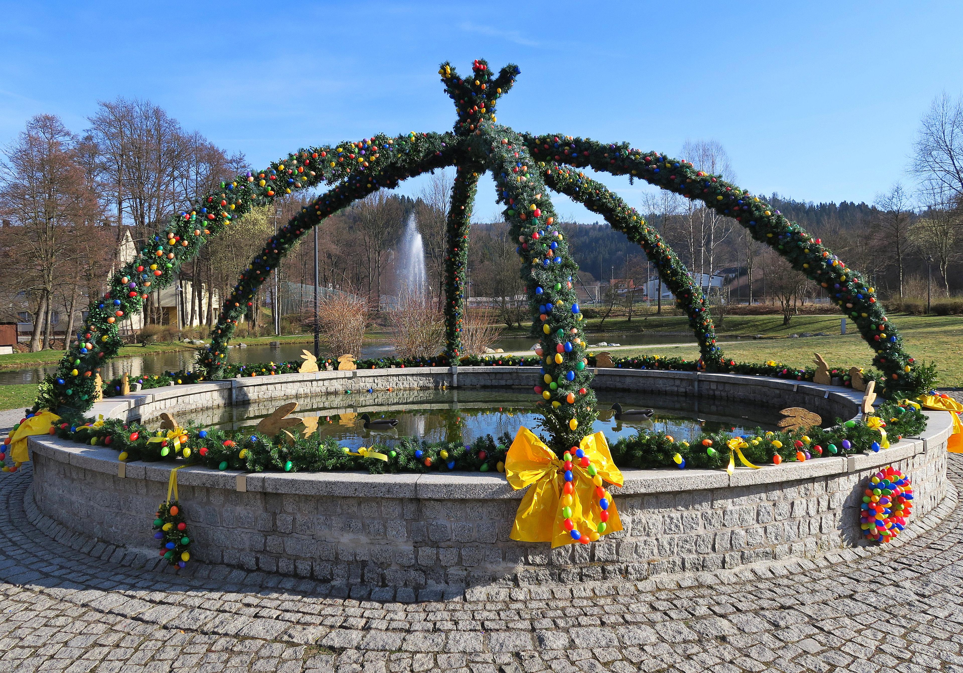 Bildergalerie: Die Osterbrunnen der Region - Region ...